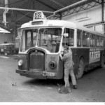 Entretien d'un autobus op5-3 au dépôt de Lagny